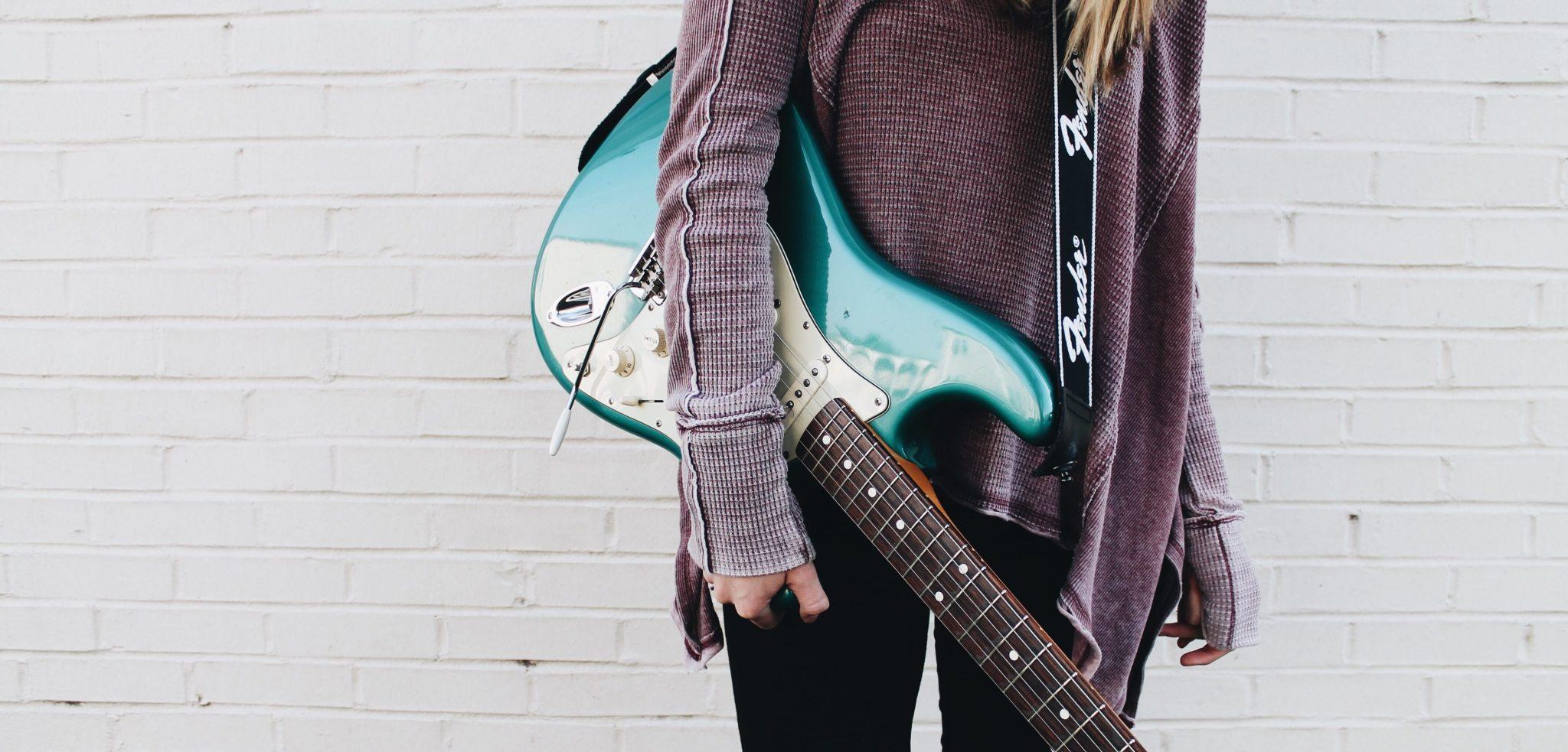 Girl Guitar   Kycker Article